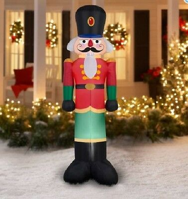 7 Ft Tall Gemmy Inflatable Toy Soldier