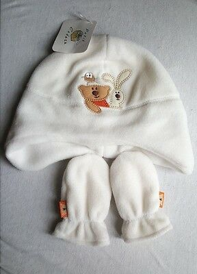 Baby Boys Girls White Hat & Mitten Set Size 3-6 Months