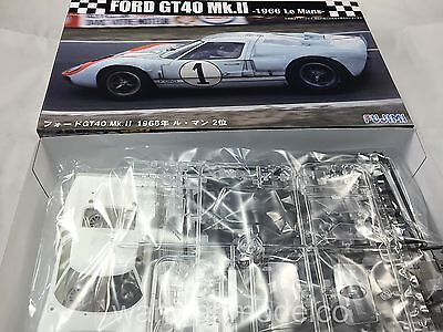 Fujimi 126043 RS-32 Ford GT40 Mk.II 1966 Le Mans 1/24 Scale Kit