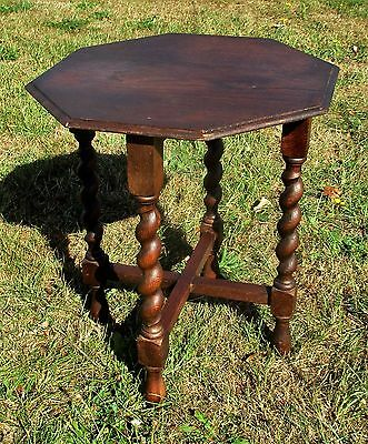 Beautiful Small Barley Twist Wooden Octagonal Side Table Pedestal Plant Stand