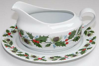 Holly Porcelain Christmas / Xmas Festive Gravy Boat / Sauce Jug with Base Plate