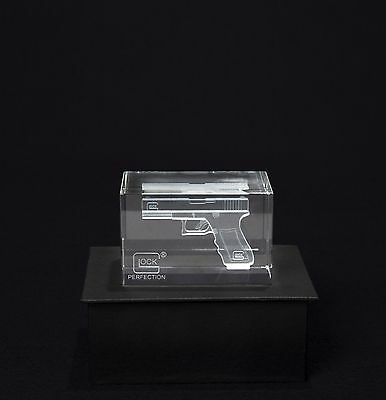 GLOCK Perfection Crystal Hologram Paperweight GIFT PACK  AS00016 Collectible