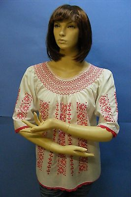 Vtg Hungarian Red CROCHET Hand Embroidered Peasant Folk Hippie White Top Blouse