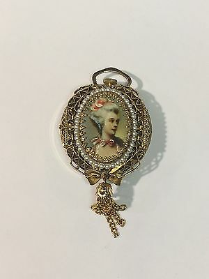 Vintage Wind Up Lenga Deluxe antimagnetic Cameo & Pearl Pendant Watch
