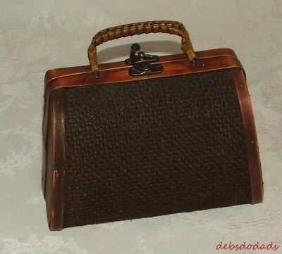 Decorative Brown Burlap Wood Metal Latch Rattan Handles Chest / Box  / Purse