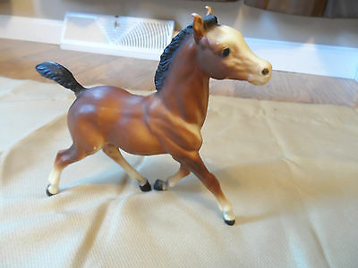 "Breyer Molding Co Dark Brown Pony Black Mane Tail Socks Horse running 6"" X 7"""