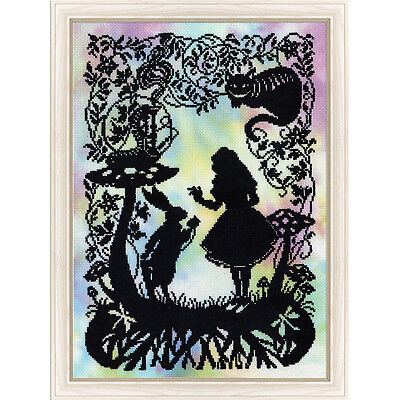 NEW Alice In Wonderland- Needlework