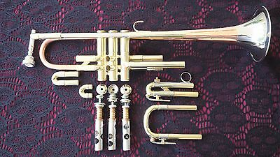 Holton Super Collegiate B Flat Big Bell Trumpet! Super for Jazz and Big Band!