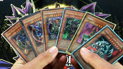 Yu-Gi-Oh! 100 Random Cards Lot guaranteed Foil Cards!!! 10 HOLOS per pack!!