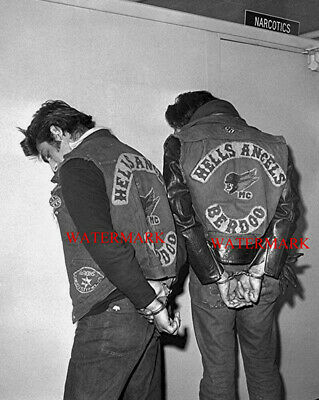 HELLS ANGELS Arrested 8x10 GLOSSY Photo Motorcycle Gang 70s Racing Biker Vintage