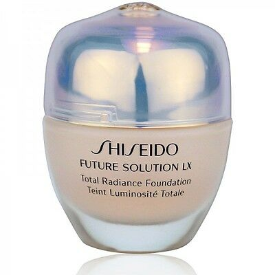 Shiseido Future Solution LX Total Radiance Foundation Nr. O40 - 30ml
