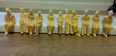 Scalextric 10 new trackside figures / spectators for slot car scx 1/32 scale