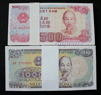 200pcs Vietnam 500,1000 Dong real paper money. UNC Banknotes brand new 2 bundle