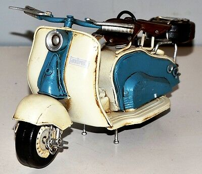 Lambretta Roller Metal motorcycle Sheet Model Tin Vintage Bike 24 cm 37332