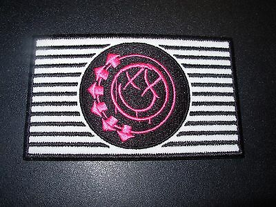 BLINK 182 Circle Classic Pink Smiley Logo Embroidered Patch iron on not cd lp