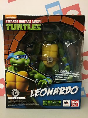 TMNT Teenage Mutant Ninja Turtles Bandai SH Figuarts Leonardo Figure