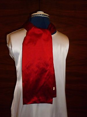 100% raw silk men's cravat/scarf  Textured red fabric Made in England NEW