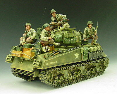 King and (&) Country DD044 - G.I. Tank Riders - Retired