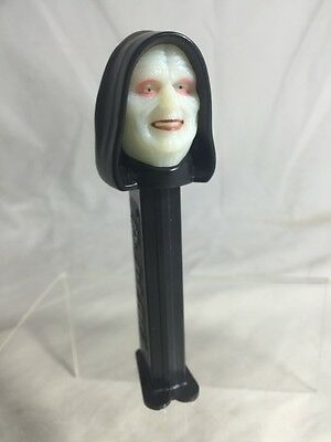 Star Wars  Darth Sidious - Pez Dispenser - Limited Edition Glow In The Dark