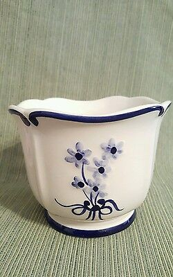 Hand Painted Cache Pot /Planter, Portugal, Raised Design REEL signed Blue white