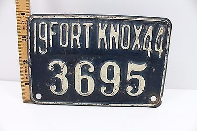 1944  FORT KNOX  KENTUCKY  License Plate  Very good condition