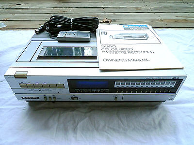 Sanyo VCR4400 Betamax Video Cassette Recorder w/ Remote & Instructions