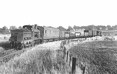 Photo Of East Kent Light Railway Train On Curve Coming Out Of Eastry