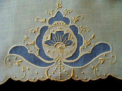 WOW Vtg MADEIRA Linen Organdy Guest Towel Unused Hand Embroidered PRISTINE