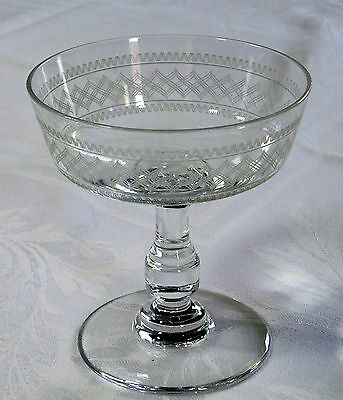 set of 3 cups champagne SAINT-LOUIS 19th - Crystal Engraved