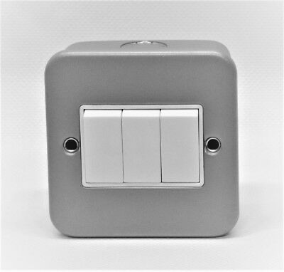 10AX 250V 3 Gang 2 Way Electrical Light Switch Metal Clad Plate Back Box Grey 3G