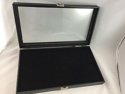 Ring Storage box with closing lid