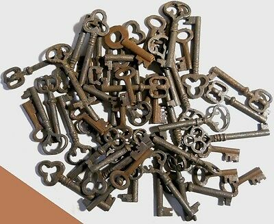 1900's Cabinet skeleton old style rusty keys 100 pc. steampunk #2207H100