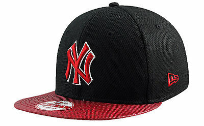 New York Yankees New Era 9FIFTY Maxd Out Adjustable Snapback Baseball Cap S-M
