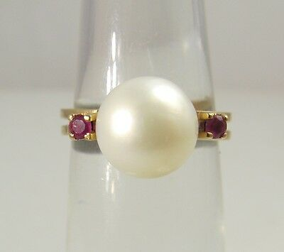 Pretty Vintage 9Mm Pearl Ruby Ring 14K Yellow Gold