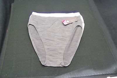 0ea01d95ed54 Nouvelle Seamless Intimates 1 White, 1 Navy 1 Grey= 3 Hi-Cut Brief