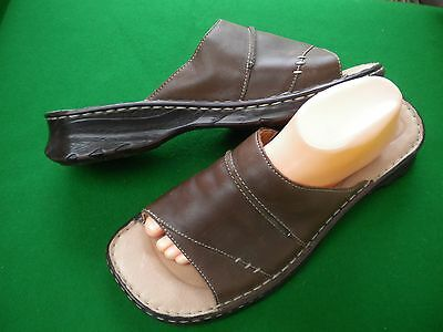 Ladies Near New  Colorado  Brown  Leather Slip On Low Heel Shoes Size 12