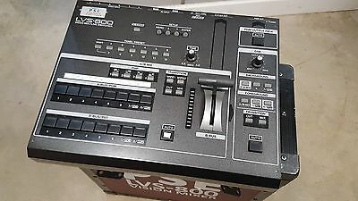 LVS-800 Roland Professional Video Mixer / Live Switcher