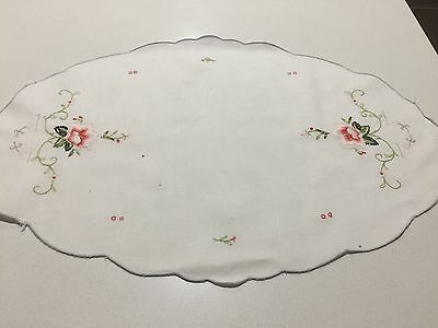 Vintage Hand Embroidered Doily  ( Excellent Condition )