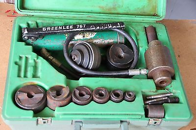 """Greenlee 7310 Knockout Punch And Hydraulic Driver Set For 1/2"""" To 3"""""""