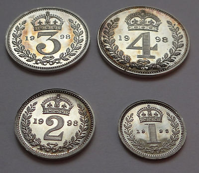 Maundy coin cased set 1998 QEII - 4 x genuine silver COINS - aUNC condition -900