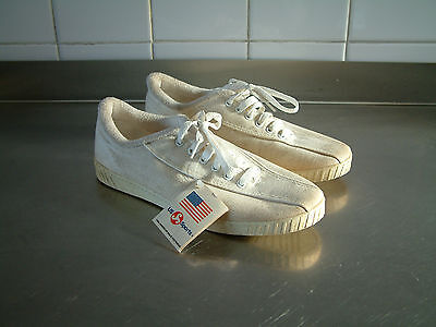 VINTAGE 1970's PLIMSOLLS..MADE IN USA..US SPORTS..CANVAS..UK 7.5..NEW OLD STOCK