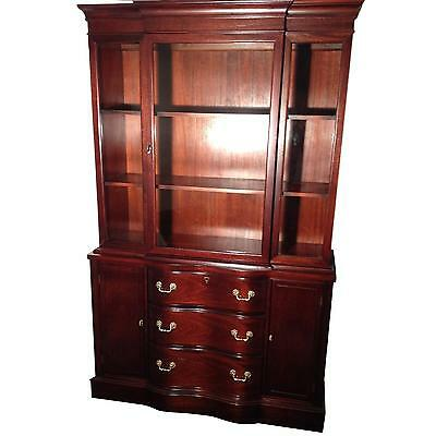Beautiful  Antique Vintage Traditional  Mid Century Mahogany China Cabinet