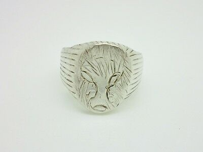 Superb Vintage Sterling Silver Wolf Engraved Heavy Chunky Mens Ring Size W 1/2