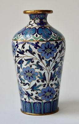 Small Chinese 20th c. Cloisonné Vase blue & green floral Décor on white Ground