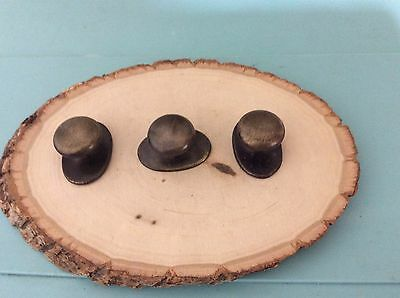 241 VTG Knobs With Attached Back Plates In A Bronze Tone Set Of 3