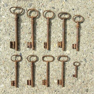 Ten Antique French Keys (2 9/16 to 6 13/16 inches - 6.60 to 17.30 cm)