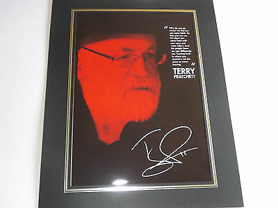 Sir Terry Pratchett Obe, A Mounted  Signed Autographed Print 21X30Cm Mint