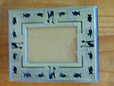Pewter look Cat Frame 8x6.5 hols475x3.5 photo