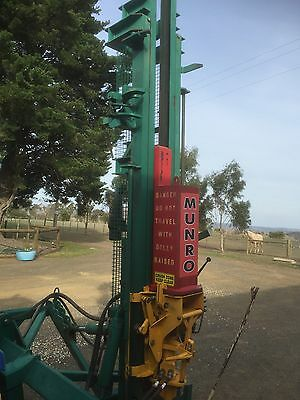 Munro Post Driver Hydraulic with side shift for extra long posts