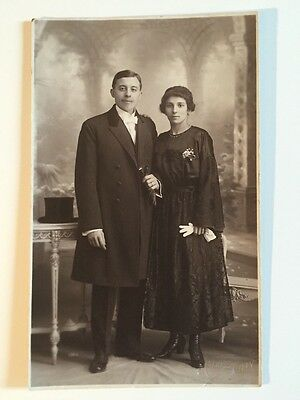 Vintage Postcard - RP Anonymous People - Couple #16 1922
